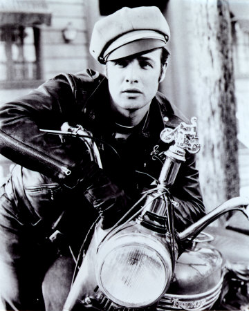 http://2womentalk.files.wordpress.com/2009/09/marlon-brando.jpg